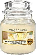 Parfumuri și produse cosmetice Lumânare aromatică - Yankee Candle Homemade Herb Lemonade