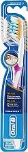 Parfumuri și produse cosmetice Periuță de dinți, violetă - Oral-B Pro-Expert Pro-Flex 38 Medium