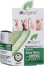 Parfumuri și produse cosmetice Cremă concentrată cu extract de Aloe Vera - Dr. Organic Bioactive Skincare Aloe Vera Concentrated Cream