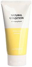Parfumuri și produse cosmetice Spumă de curățare cu efect iluminant - The Saem Natural Condition Cleansing Foam