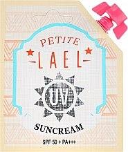 Parfumuri și produse cosmetice Cremă pentru corp - Petite Lael UV Sun Cream SPF50+/PA+++ (mini)