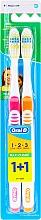 Parfumuri și produse cosmetice Set periuțe de dinți (medium, portocaliu + roz) - Oral-B 1 2 3 Maxi Clean 40 Medium 1+1