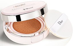 Parfumuri și produse cosmetice fond de ten fluid cushion - Christian Dior Capture Totale Dream Skin Perfect Skin Cushion SPF 50/PA+++