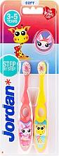 Parfumuri și produse cosmetice Periuțe de dinți, 3-5 ani, roz+galben, girafă - Jordan Step By Step Soft Clean