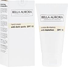 Parfumuri și produse cosmetice Cremă anti-pigment de mâini - Bella Aurora M7 Anti Dark Spots Hand Cream SPF15