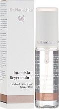 Parfumuri și produse cosmetice Spray pentru față - Dr. Hauschka Regenerating Intensive Treatment
