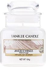 """Parfumuri și produse cosmetice Lumânarea parfumată """"Aripi de înger"""" - Yankee Candle Angel Wings"""