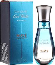 Parfumuri și produse cosmetice Davidoff Cool Water Wave Woman 2018 - Apă de toaletă