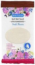 Parfumuri și produse cosmetice Șervețel umed din microfibră, aromă de flori - Belle Nature Soft Wet Towel