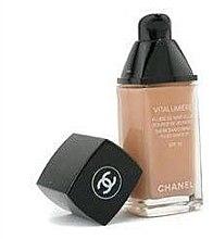 Тональная крем-эмульсия - Chanel Vitalumiere Fluide SPF15 — фото N2