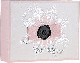Parfumuri și produse cosmetice Viktor & Rolf Flowerbomb - Set (edp/50ml + b/cream/40ml + sh/gel/50ml)