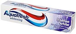 Parfumuri și produse cosmetice Pasta de dinți pentru albire - Aquafresh Whitening Intense White Toothpaste