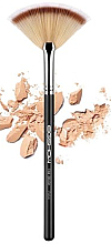 Parfumuri și produse cosmetice Pensulă pentru machiaj F654 - Eigshow Beauty Fan Brush
