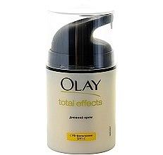 Parfumuri și produse cosmetice Увлажняющий дневной крем с УФ-фильтрами - Olay Total Effects 7 In One Day Moisturiser SPF 15