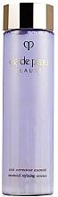 Parfumuri și produse cosmetice Esență pentru netezirea suprafeței tenului - Cle De Peau Beaute Essential Refining Essence
