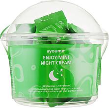 Parfumuri și produse cosmetice Cremă facială cu extract de centella asiatica, de noapte - Ayoume Enjoy Mini Night Cream