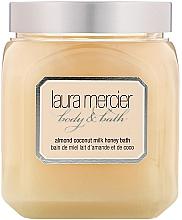 """Parfumuri și produse cosmetice Spumă de baie """"Lapte de migdale și nucă de cocos"""" - Laura Mercier Almond Coconut Milk Honey Bath"""