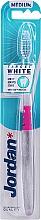 Parfumuri și produse cosmetice Periuță de dinți duritate medie, roz - Jordan Target White