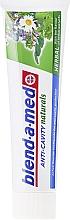 """Parfumuri și produse cosmetice Pastă de dinți """"Anti-carie. Colectare de plante"""" - Blend-a-med Anti-Cavity Naturals Herbal"""