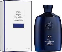 Parfumuri și produse cosmetice Șampon - Oribe Brilliance & Shine Shampoo