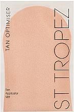 Parfumuri și produse cosmetice Aplicator pentru autobronzant - St. Tropez Prep & Maintain Applicator Mitt