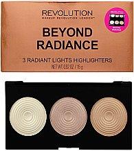 Parfumuri și produse cosmetice Paleta de farduri iluminatoare - Makeup Revolution Highlighter Palette Beyond Radiance
