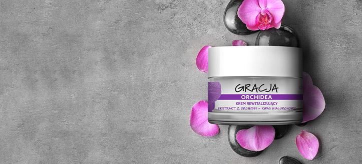 La achiziționarea produselor Gracja începând cu suma de 147 MDL, primești cadou o cremă regeneratoare