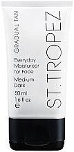 Parfumuri și produse cosmetice Cremă de față - St. Tropez Gradual Tan Classic Face Cream Medium/Dark