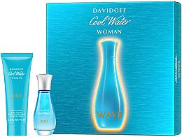 Parfumuri și produse cosmetice Davidoff Cool Water Wave Woman 2018 - Set (edt/30ml + b/lot/75ml)
