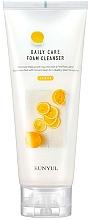 Parfumuri și produse cosmetice Spumă de curățare cu extract de lămâie - Eunyul Daily Care Lemon Foam Cleanser