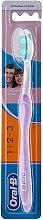 Parfumuri și produse cosmetice Periuță de dinți, violetă - Oral-B 1 2 3 Delicat White 40 Medium