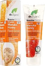 Parfumuri și produse cosmetice Scrub pentru față - Dr. Organic Manuka Honey Face Scrub
