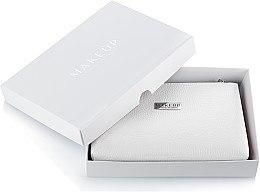 """Parfumuri și produse cosmetice Trusă cosmetică violetă """"Lucky """" în cutie pentru cadou - MakeUp"""