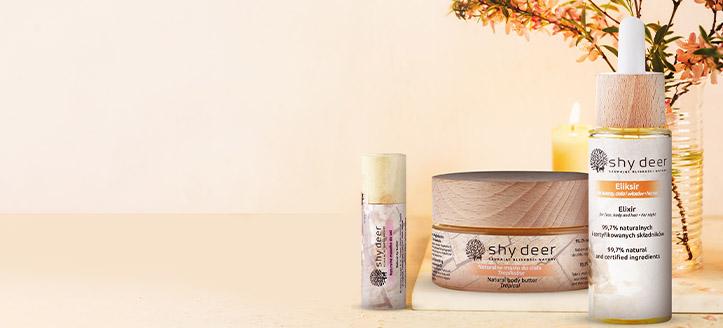 La achiziționarea oricărui produs Shy Deer, primești cadou un unt natural pentru buze