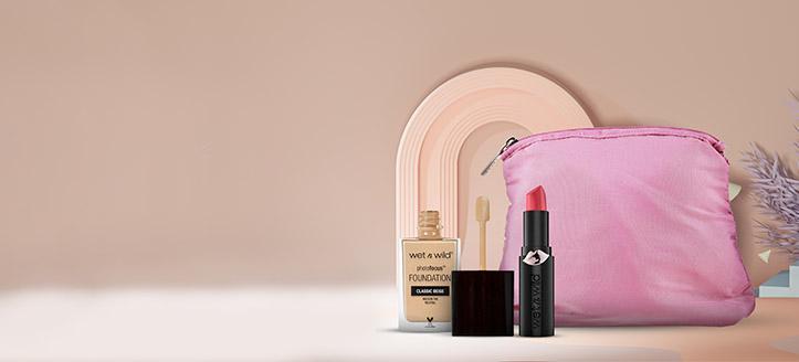 La achiziționarea produselor Wet N Wild începând cu suma de 263 MDL, primești cadou o trusă cosmetică