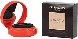 Parfumuri și produse cosmetice Cushion bronzant - Guerlain Terracotta Cushion Fresh Bronzing Fluid Makeup SPF 20