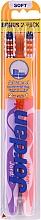 Parfumuri și produse cosmetice Periuță de dinți moale Advanced, Roz + Violet - Jordan Advanced Soft Toothbrush