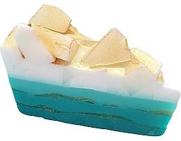 Parfumuri și produse cosmetice Săpun - Bomb Cosmetics Golden Surf Soap Cake