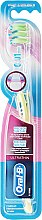 Parfumuri și produse cosmetice Periuță de dinți Extra Soft, verde - Oral-B Ultrathin Precision Gum Care