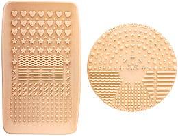 Parfumuri și produse cosmetice Accesoriu pentru curățarea pensulelor - Nanshy Makeup Brush Cleaning Pad & Palette