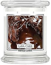 Parfumuri și produse cosmetice Lumânăre aromată în suport de sticlă - Kringle Candle Lava Cake