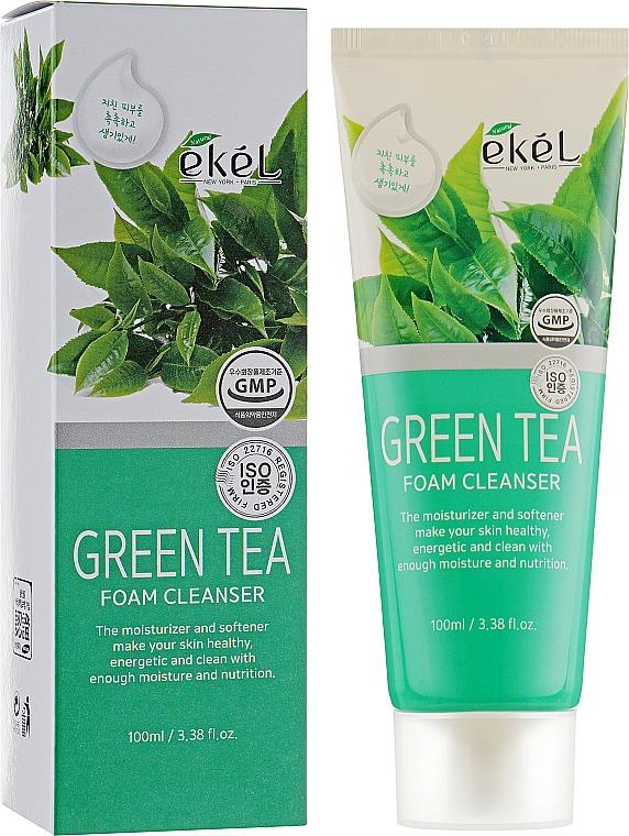 Spumă demachiantă cu extract de ceai verde - Ekel Green Tea Foam Cleanser