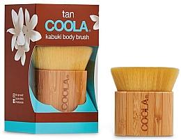 Parfumuri și produse cosmetice Кисть кабуки для нанесения сыворотки для тела - Coola Organic Sunless Tan Kabuki Brush