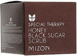 Parfumuri și produse cosmetice Scrub cu zăhar negru și miere - Mizon Honey Black Sugar Scrub