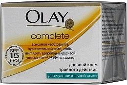 Parfumuri și produse cosmetice Cremă de zi acțiune triplă pentru piele sensibilă - Olay Complete Day Cream