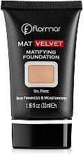 Parfumuri și produse cosmetice Fond de ten - Flormar Mat Velvet Matifying Foundation