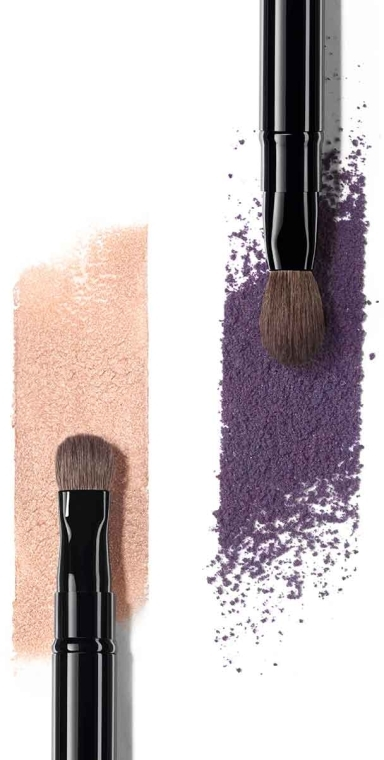 Pensulă dublă pentru farduri de ochi - Chanel Pinceau Duo Paupiries Retractable — Imagine N2