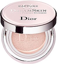 Parfumuri și produse cosmetice Fond de ten - Dior Capture Dreamskin Moist & Perfect Cushion SPF 50 PA+++