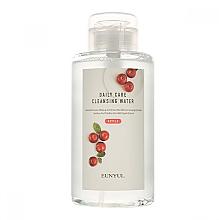 Духи, Парфюмерия, косметика Мицеллярная вода с экстрактом яблока - Eunyul Daily Care Cleansing Water Apple